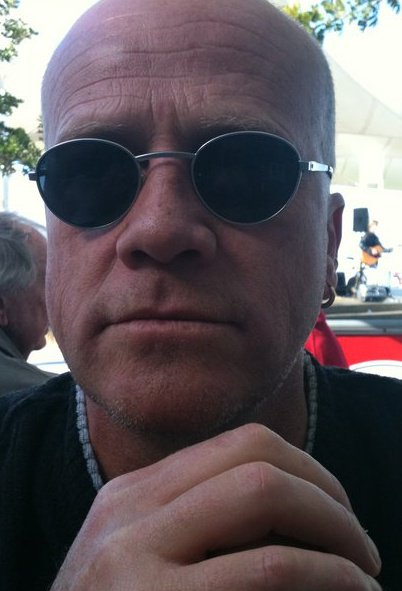 Sean Crawley Headshot.jpg