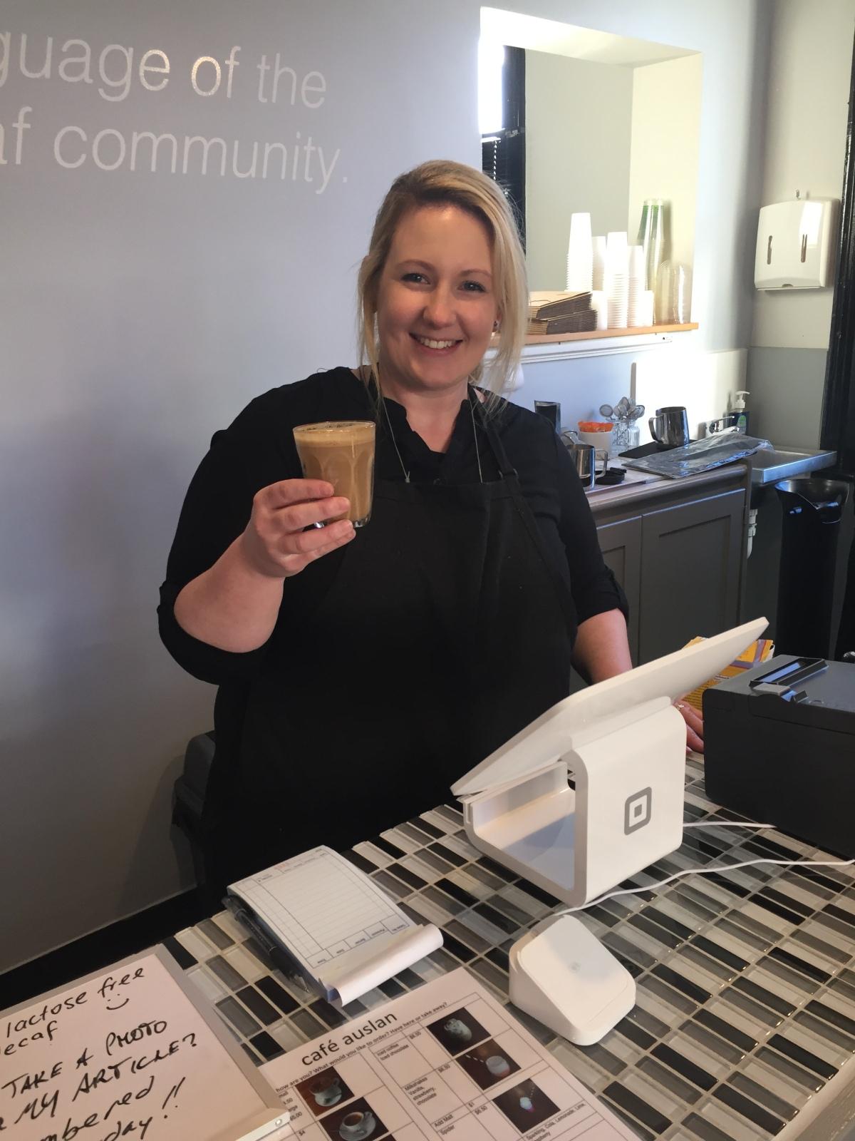 café auslan: Not Just an OrdinaryCafé